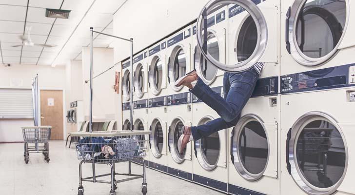 s-funny-launderette-laundromat-2371